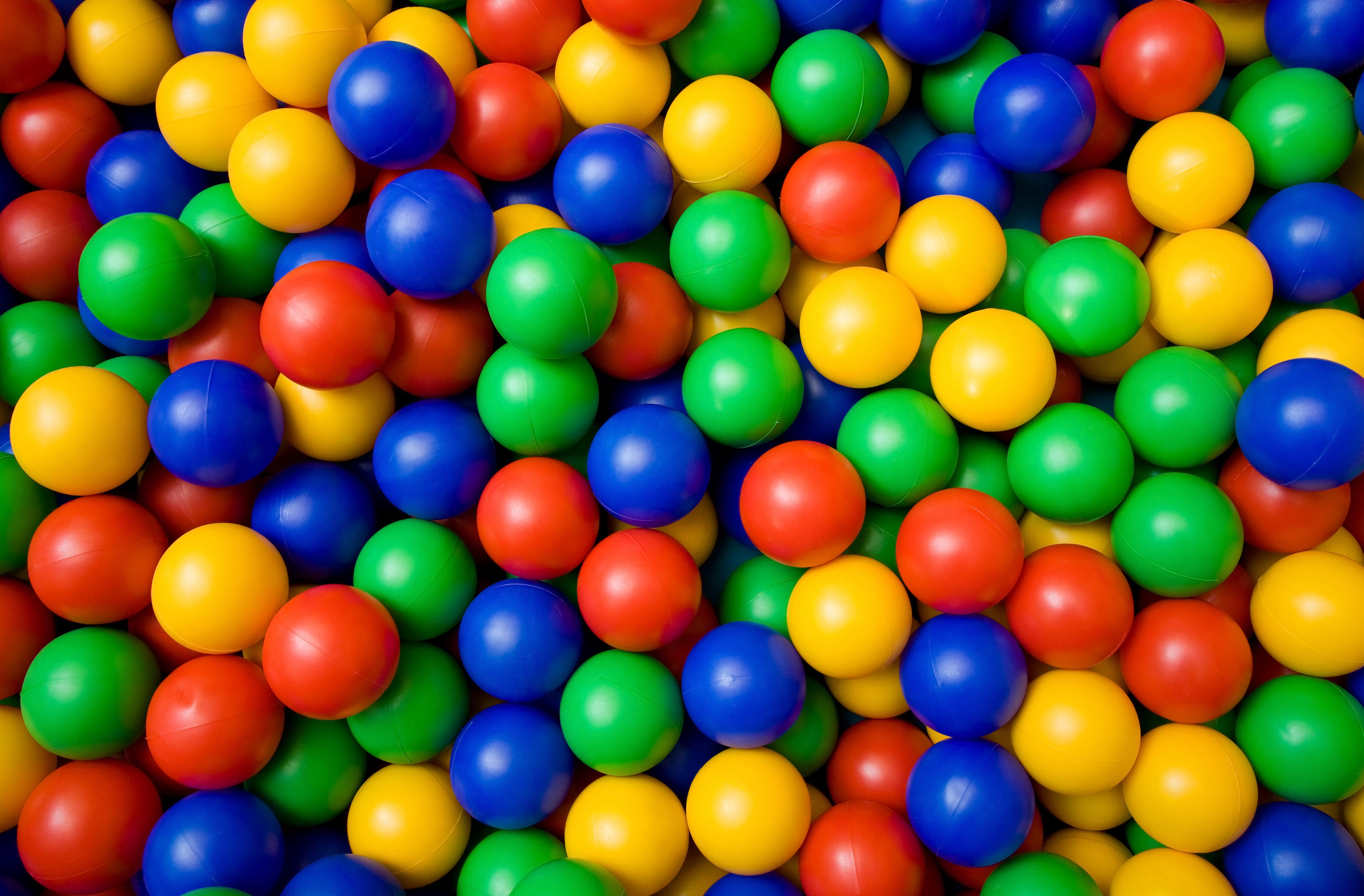 SumAll: niente più free feautures, una questione di relazione (e di palle)